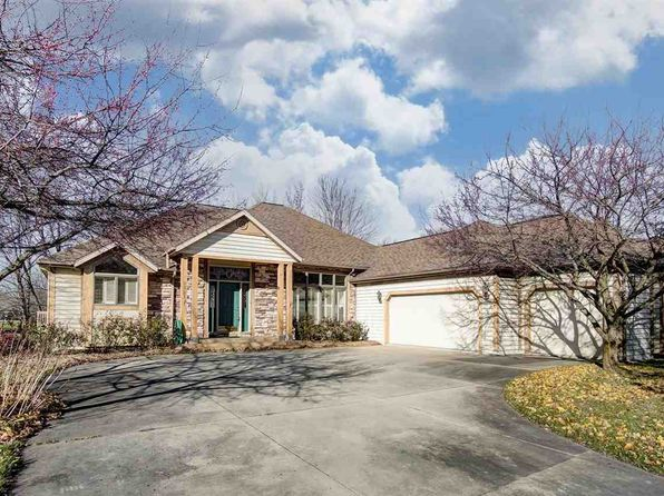 4 bed 3 bath Single Family at 2327 S Clover Ln Warsaw, IN, 46580 is for sale at 330k - 1 of 31