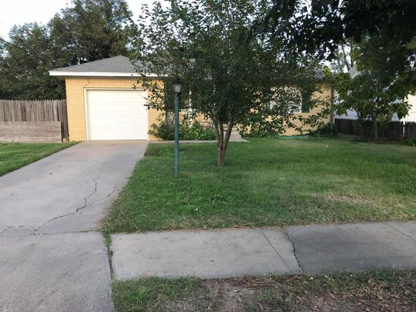 2 bed 1 bath Single Family at 422 Powell St Pampa, TX, 79065 is for sale at 85k - 1 of 15