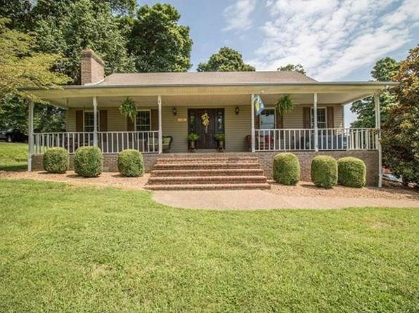 3 bed 4 bath Single Family at 2501 Old Highway 144 Owensboro, KY, 42303 is for sale at 270k - 1 of 31