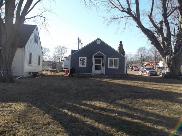 1 bed 1 bath Single Family at 1517 College St Yankton, SD, 57078 is for sale at 79k - 1 of 8