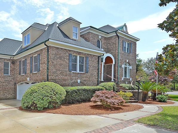 4 bed 4 bath Single Family at 696 Hobcaw Bluff Dr Mt Pleasant, SC, 29464 is for sale at 1.35m - google static map