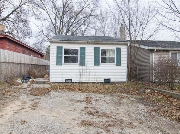 2 bed 1 bath Single Family at 3152 Woodlawn St Commerce Township, MI, 48390 is for sale at 43k - 1 of 25