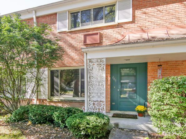 2 bed 2 bath Townhouse at 666 Carriage Hill Dr Glenview, IL, 60025 is for sale at 249k - 1 of 10