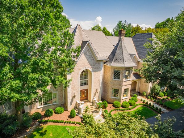 7 bed 9 bath Single Family at 10010 High Hill Pl Great Falls, VA, 22066 is for sale at 3.60m - 1 of 55