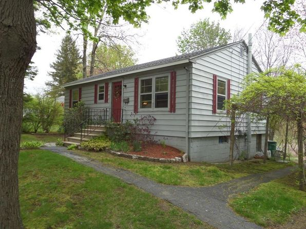 2 bed 1 bath Single Family at 54 S Main St North Brookfield, MA, 01535 is for sale at 125k - 1 of 15
