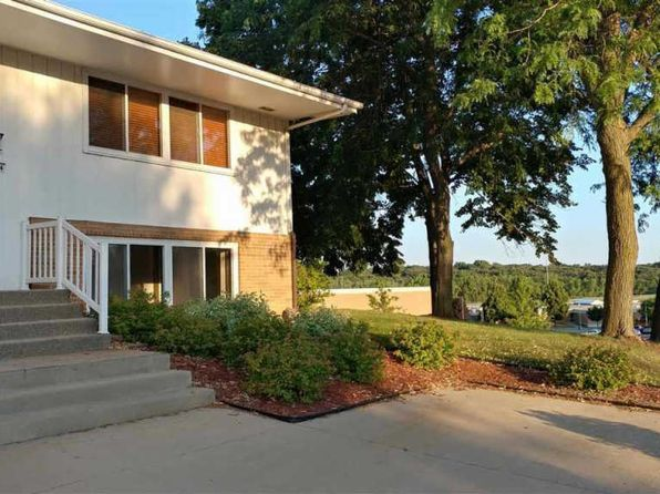 3 bed 2 bath Single Family at 2704 S Cliff Ave Sioux Falls, SD, 57105 is for sale at 175k - 1 of 13