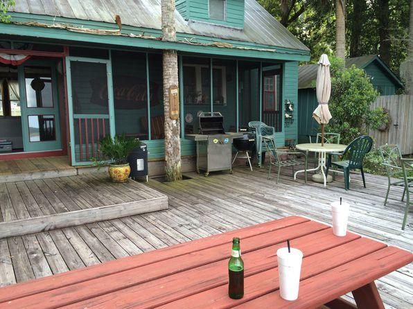 pomona park senior singles This single-family home is located at 200 west main street, pomona park, fl 200 w main st is in the 32181 zip code in pomona park, fl.