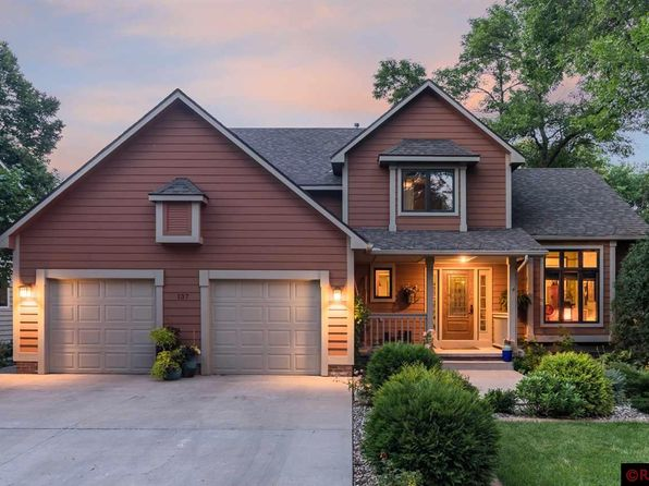 4 bed 4 bath Single Family at 137 Coy St Mankato, MN, 56001 is for sale at 350k - 1 of 25