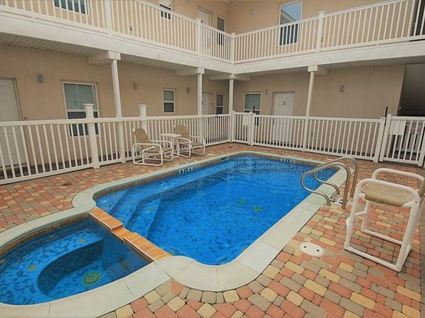 2 bed 2 bath Condo at 105 E Tarpon St South Padre Island, TX, 78597 is for sale at 155k - 1 of 18