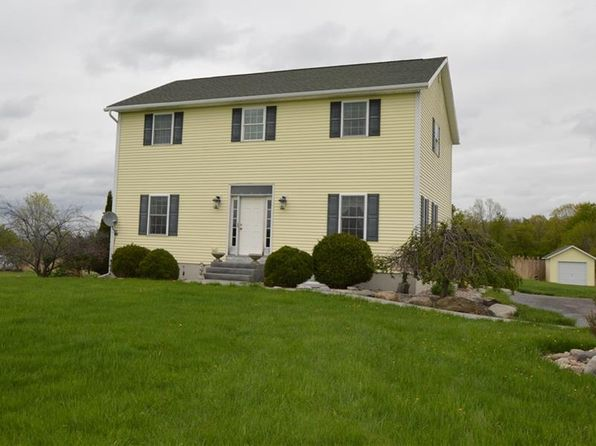 3 bed 2 bath Single Family at 6888 Bruce Rd Canastota, NY, 13032 is for sale at 220k - 1 of 19