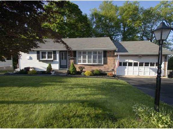 3 bed 2 bath Single Family at 92 Capt Shankey Dr Garnerville, NY, 10923 is for sale at 314k - 1 of 32