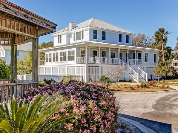 4 bed 4 bath Single Family at 3 Sandlewood Ct Tybee Island, GA, 31328 is for sale at 996k - 1 of 32