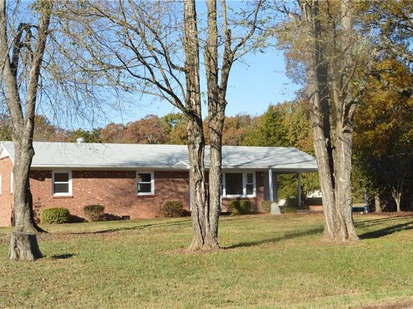 3 bed 2 bath Single Family at 3943 Lewiston Rd Summerfield, NC, 27358 is for sale at 179k - 1 of 26