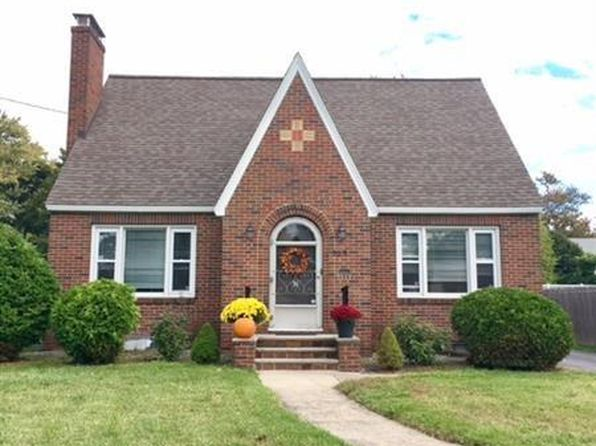3 bed 2 bath Single Family at 103 Breakspear Rd Syracuse, NY, 13219 is for sale at 180k - 1 of 12