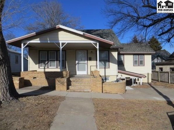 2 bed 2 bath Single Family at 418 E 3rd St Pratt, KS, 67124 is for sale at 59k - 1 of 16