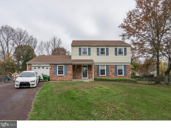 sellersville singles Sellersville single eik with breakfast bar, laundry room, dining room with outside access to enclosed porch and custom deck, 2 main level bedrooms with a full bathroom, two second level bedrooms, one with sliding doors.