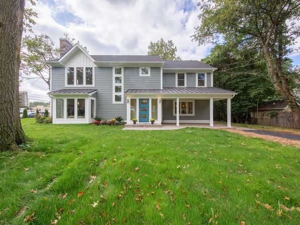 5 bed 4 bath Single Family at 227 Summit Rd Mountainside, NJ, 07092 is for sale at 1.14m - 1 of 20