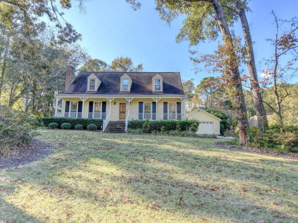 4 bed 3 bath Single Family at 110 Hidden Lake Ln Wilmington, NC, 28409 is for sale at 400k - 1 of 30