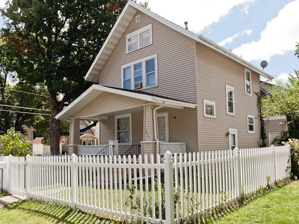 3 bed 1 bath Single Family at 1433 7th Ave SE Cedar Rapids, IA, 52403 is for sale at 70k - 1 of 24