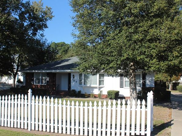 3 bed 2 bath Single Family at 107 New Hope Rd Goldsboro, NC, 27534 is for sale at 140k - 1 of 21