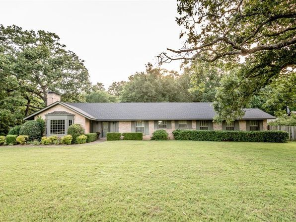 3 bed 4 bath Single Family at 2406 S 46th St Fort Smith, AR, 72903 is for sale at 300k - 1 of 26