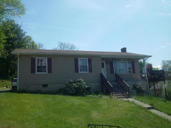 3 bed 1 bath Single Family at 272 E 38th St Buena Vista, VA, 24416 is for sale at 89k - 1 of 8
