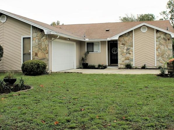 3 bed 2 bath Single Family at 8322 Cross Timbers Dr E Jacksonville, FL, 32244 is for sale at 175k - 1 of 30