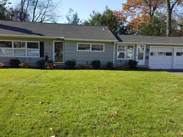 3 bed 1 bath Single Family at 26 Lenn Rd Springfield, MA, 01118 is for sale at 190k - 1 of 21