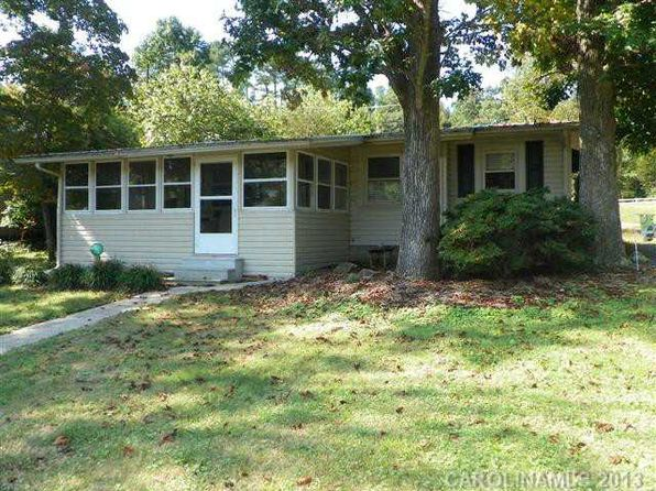 2 bed 1 bath Single Family at 115 Rolling View Road 3 & Badin Lake, NC, 28127 is for sale at 190k - 1 of 10