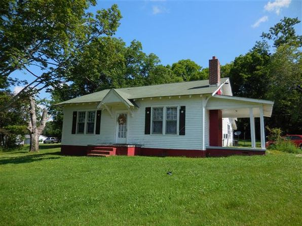 4 bed 3 bath Single Family at 301 Main St Prospect, TN, 38477 is for sale at 63k - google static map