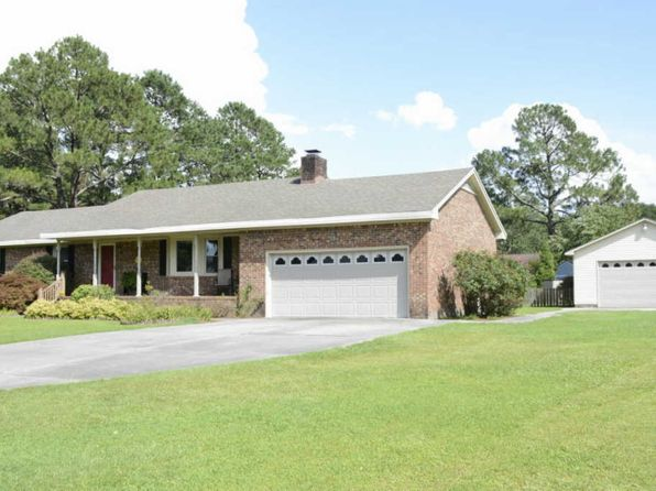 4 bed 3 bath Single Family at 4905 Meadow Court Dr New Bern, NC, 28562 is for sale at 225k - 1 of 59
