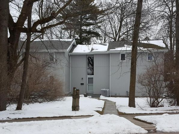 3 bed 3 bath Single Family at 3027 Monroe St Two Rivers, WI, 54241 is for sale at 160k - 1 of 15