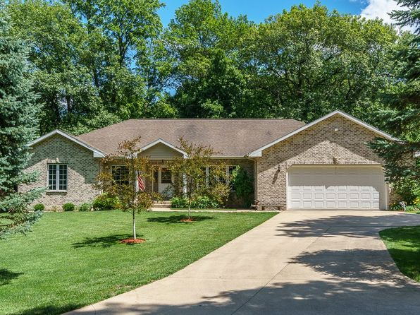 3 bed 3 bath Single Family at 10476 Red Fox Rd Anamosa, IA, 52205 is for sale at 300k - 1 of 31