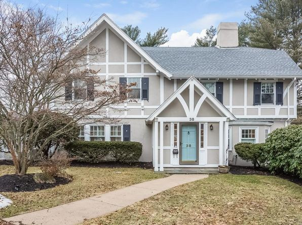 4 bed 4 bath Single Family at 38 GALE RD SWAMPSCOTT, MA, 01907 is for sale at 925k - 1 of 28