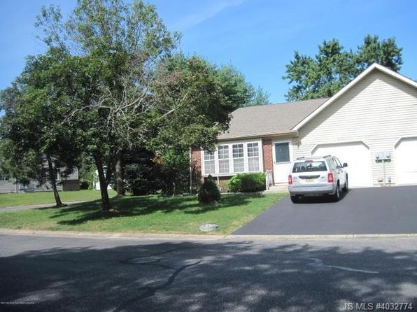 2 bed 2 bath Single Family at 9A Norwich Dr Whiting, NJ, 08759 is for sale at 104k - 1 of 26