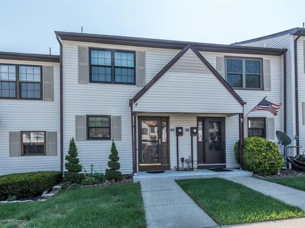 2 bed 1 bath Townhouse at 50 Queens Way Englishtown, NJ, 07726 is for sale at 175k - 1 of 16