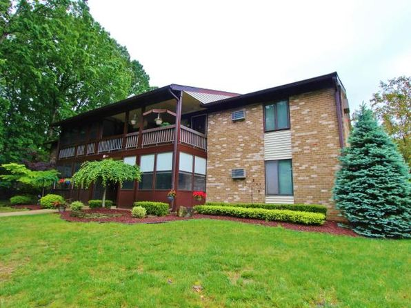 2 bed 1 bath Condo at 111 Amberly Dr Manalapan, NJ, 07726 is for sale at 170k - 1 of 17