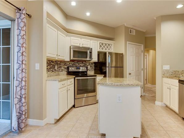 3 bed 2 bath Single Family at 4 Indigo Run Dr Hilton Head Island, SC, 29926 is for sale at 315k - 1 of 21