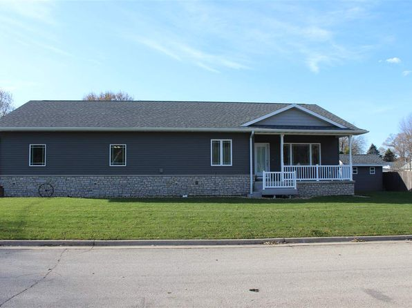 4 bed 3 bath Single Family at 127 Doyle Dr Evansdale, IA, 50707 is for sale at 260k - 1 of 20