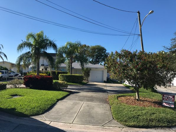 3 bed 2 bath Single Family at 14070 W Parsley Dr Madeira Beach, FL, 33708 is for sale at 550k - 1 of 24