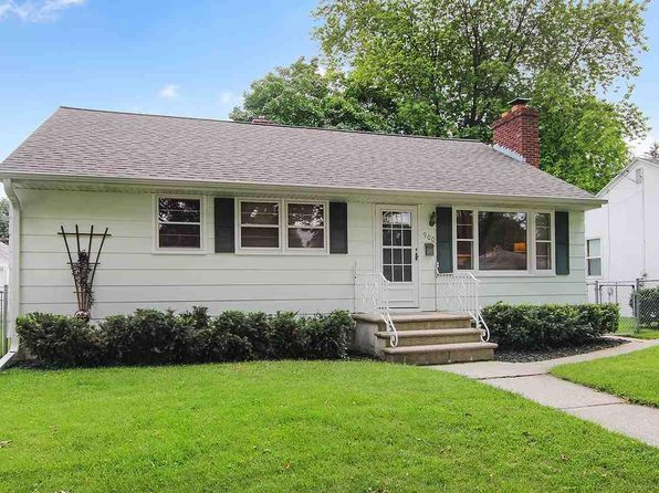 3 bed 1 bath Single Family at 900 Lark St Green Bay, WI, 54303 is for sale at 110k - 1 of 15