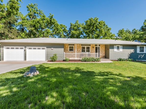 4 bed 3 bath Single Family at 16 Perry Rd Manhattan, KS, 66502 is for sale at 230k - 1 of 16