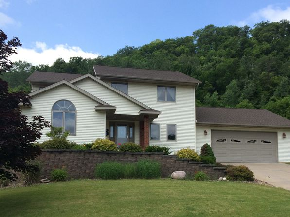 4 bed 4 bath Single Family at 617 12th Ct La Crescent, MN, 55947 is for sale at 390k - 1 of 38