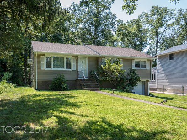 3 bed 1 bath Single Family at 38 Seminole Ave Oakland, NJ, 07436 is for sale at 310k - 1 of 11