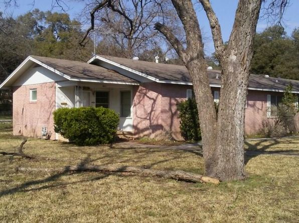2 bed 2 bath Single Family at 401 W 5th St Lampasas, TX, 76550 is for sale at 85k - google static map