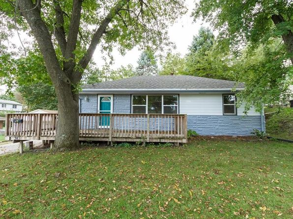 3 bed 2 bath Single Family at 343 E Bell Ave Des Moines, IA, 50315 is for sale at 129k - 1 of 16