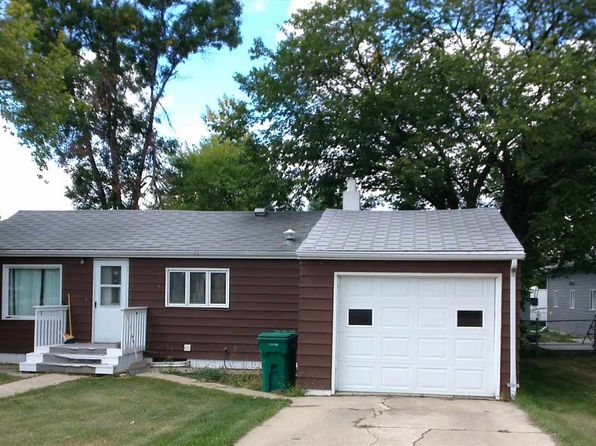 2 bed 1.75 bath Single Family at 321 5th St SE Garrison, ND, 58540 is for sale at 55k - 1 of 11