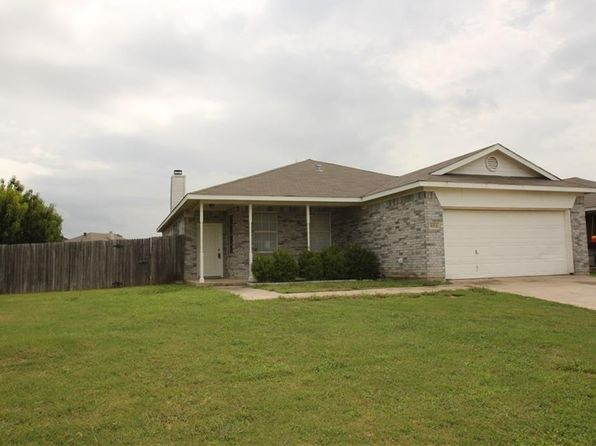 4 bed 2 bath Single Family at 6312 Stonewater Bend Trl Fort Worth, TX, 76179 is for sale at 180k - 1 of 15