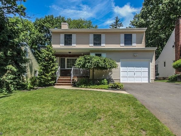 3 bed 4 bath Single Family at 1449-1451 Maplewood Ter Plainfield City, NJ, 07060 is for sale at 375k - 1 of 24