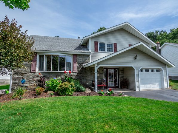3 bed 2 bath Single Family at 1029 St Lucille Dr Schenectady, NY, 12306 is for sale at 219k - 1 of 13